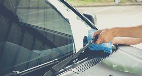 نکاتی برای داشتن شیشه های براق در خودرو - پرسان