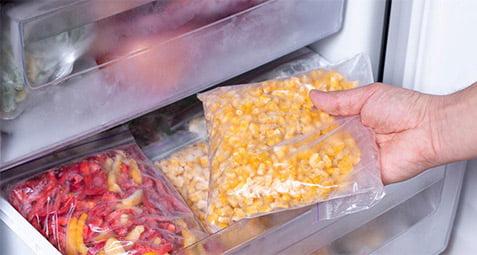 فریز کردن مواد غذایی