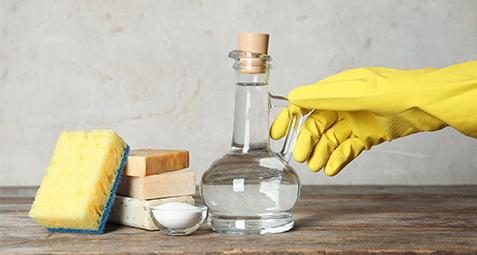 محلول تمیز کننده طبیعی