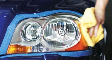 برق انداختن چراغ ماشین